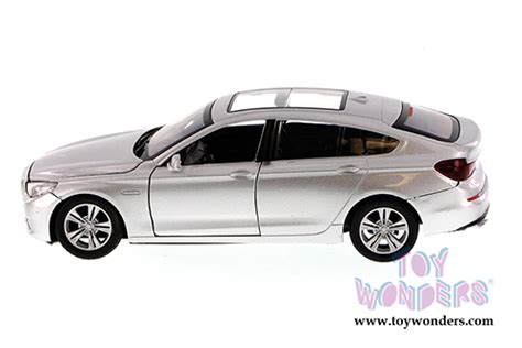Die Cast City Vehicle 6 Pcs bmw 5 series 5 top by motormax 1 24 scale diecast