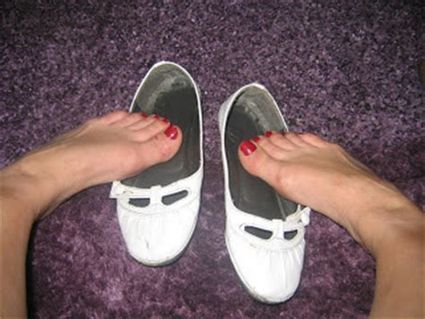 flat shoes smell now that ebay stops sellers from selling smelly stinky