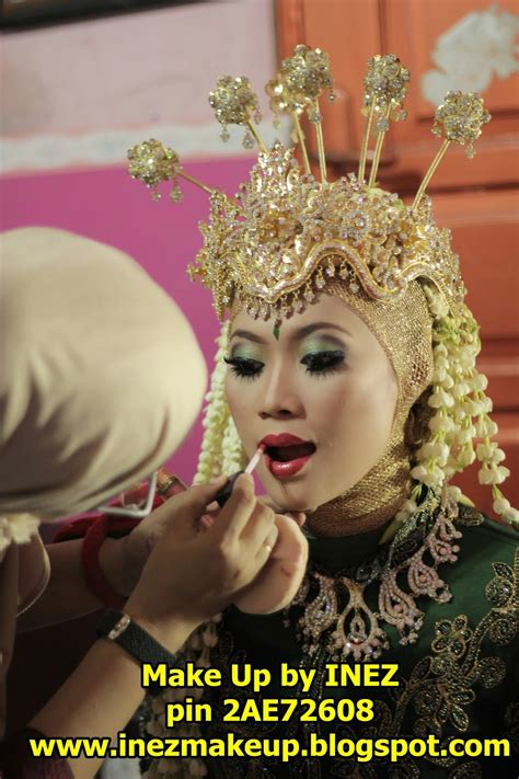 Inez Eyeshadow Eyeshadow Inez Make Up Mata Inez inez make up step by step make up pengantin sunda siger muslim
