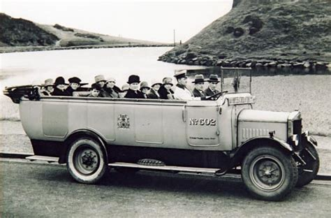 charabanc at dunsapie loch up view