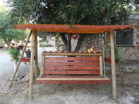arredamento x giardino dondolo da giardino in legno arredamento giardino