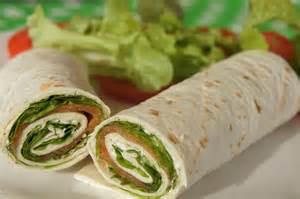 wrap truite fum 233 e fromage frais et salade