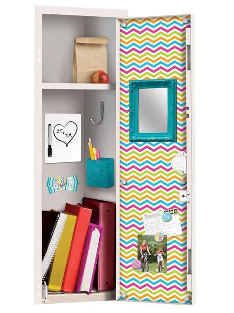 Locker Decorations by 25 Best Ideas About School Locker Decorations On
