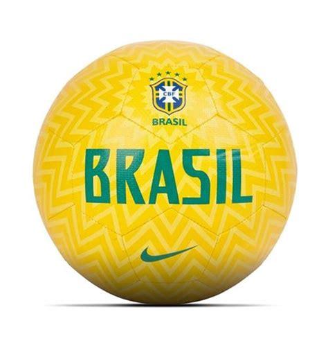 brasile calcio pallone calcio brasile calcio 2018 2019 giallo per soli