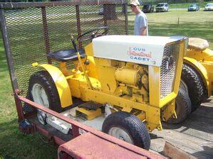 international cub cadet original tractor construction plant wiki  classic vehicle