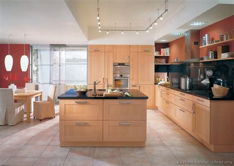 kitchen color ideas with light wood cabinets light wood kitchens kitchen wall colors red kitchen walls