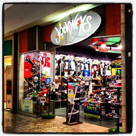 journeys shoe store 28 images image gallery journeys