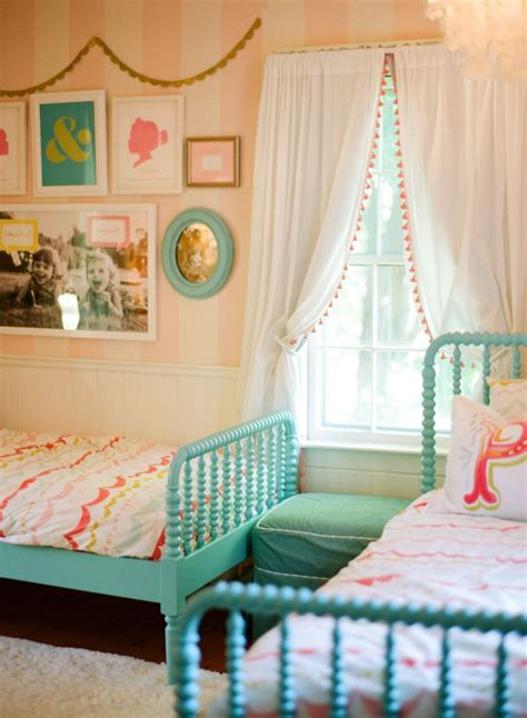 curtain ideas for little girl rooms 20 whimsical toddler bedrooms for little girls