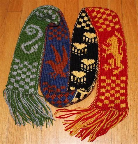 knitting pattern hogwarts scarf hogwarts scarf knit free pattern knitting pinterest