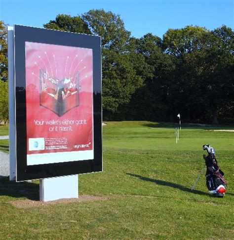 outdoor advertising ideas target abc1 males while they are relaxed and playing golf