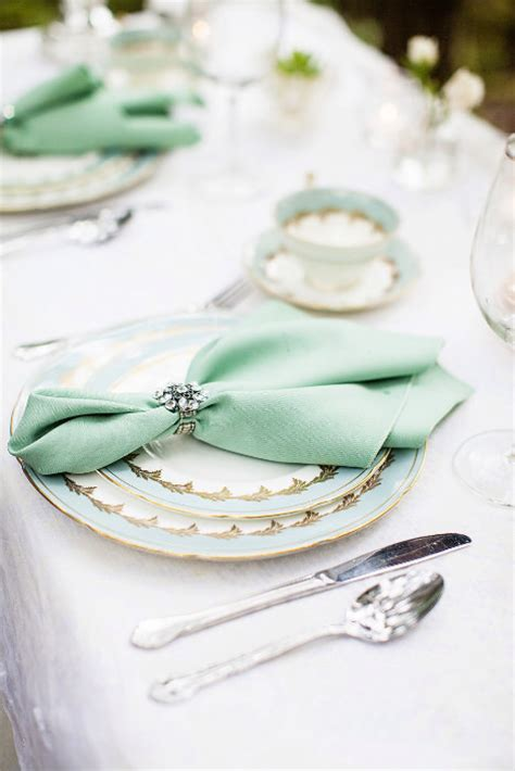 Wedding Napkin Folds by 10 Ideas For Wedding Napkins