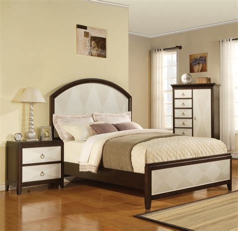 modern bedroom sets nyc audry two tone panel 5 pc traditional bedroom set modern