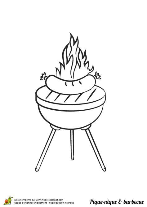 Coloriage pique nique barbecue saucisses sur Hugolescargot.com