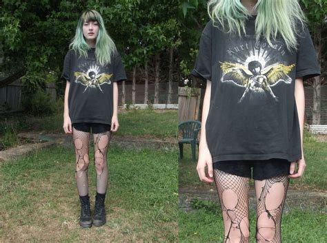 De Velvet Freya Sepatu High Heels freya c thrifted kurt cobain shirt thrifted black