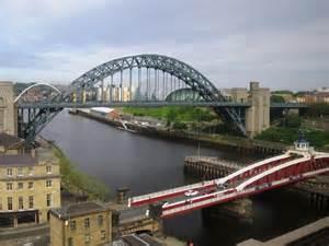 river tyne swing bridge the river tyne the swing bridge the 169 mike quinn cc