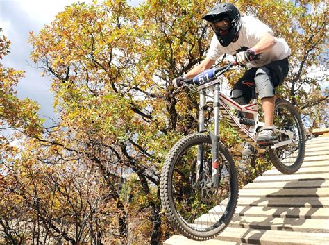 steamboat quick and chainless quick and chainless downhill mountain bike race