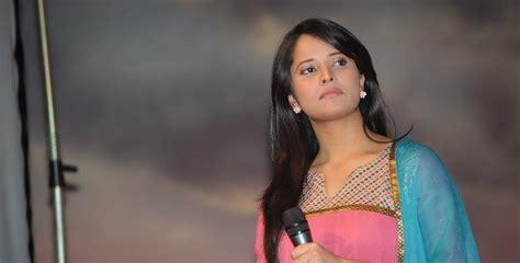 tv anchor anusuya unseen boobs photos anchor anusuya hot photo gallery collection