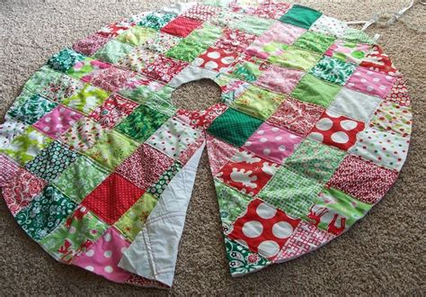 Patchwork Tree Skirt Pattern - free tree skirt quilt pattern the quilting ideas
