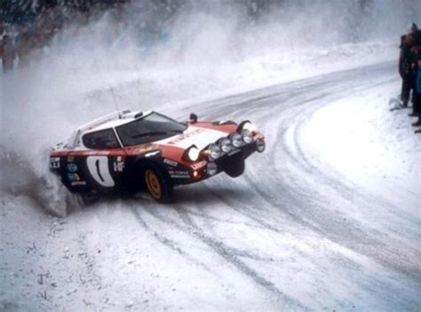 Umano Vero Original 2013 02 lancia stratos on snow in 2 motorsports