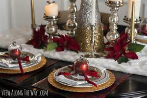 Red Dining Room Table christmas centerpiece and tablescape ideas
