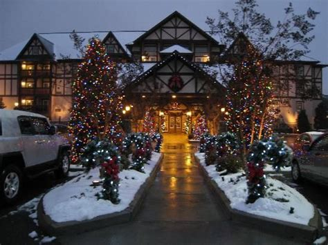 christmas place pigeon forge tn top tips before you go the inn at christmas place pigeon forge something i