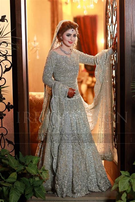 latest bridal walima dress design trends 2017 in pakistan