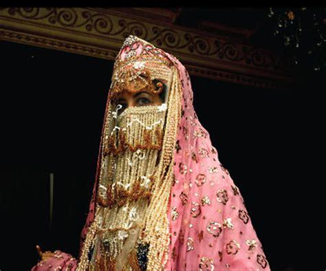 Dress Makkah Madinah Hs5741 saudi arabia from the western region of madinah 169 mansoojat foundation adorned