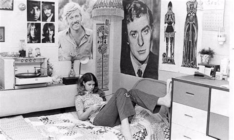 a 1970 s teenager s bedroom vintage stereo equipment 15 vintage photographs that show teenage bedrooms from