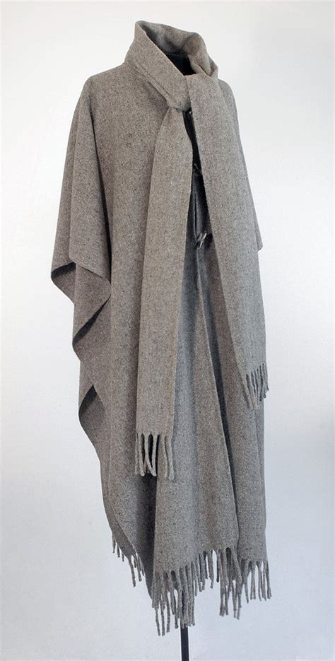 poncho with scarf huitzilli
