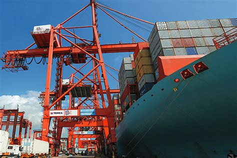 rubber sts coast gulf industry terex wins ictsi order for cranes