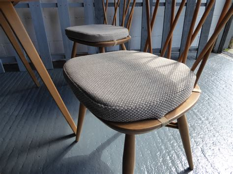 Ercol Seat Pads Dining Chairs Ercol Dining Chair Cushions Ercol Dining Chairs For Sale In Uk View 73 Ads Ercol Capena 3572