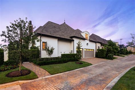 corner house curb appeal tour a magnificent corner home in the woodlands