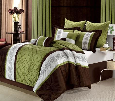 37 Best Images About Home Interiors Sage Green On What Comes In A Bed Set