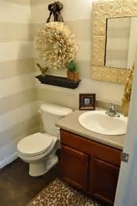 Half Bathroom Decorating Ideas Pictures by How To Decorate Half Bathrooms Articpedia