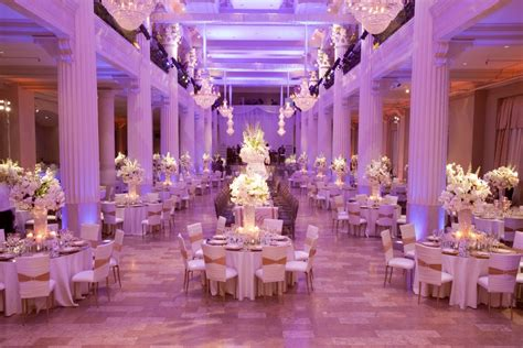 decor themes white gold with a splash of purple lighting i do