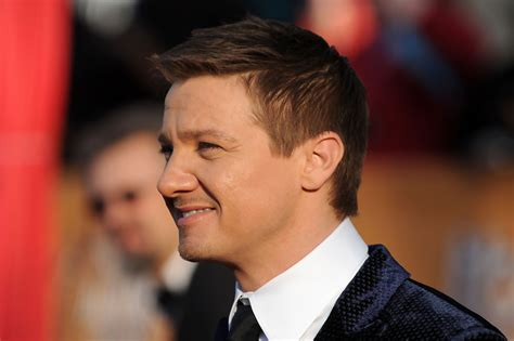 jeremy renner hairstyle jeremy renner photos photos 16th annual screen actors