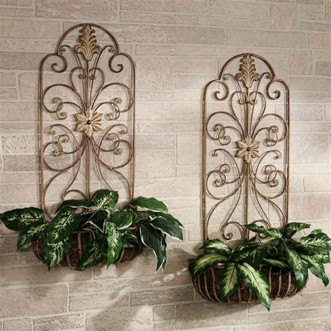 Wrought Iron Wall Planters Outdoor by 215 Best Images About Decorating With Wrought Iron On