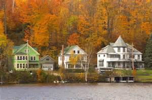 50 small towns across america with the most beautiful fall