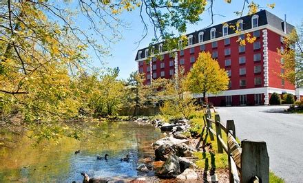 comfort inn at the park hershey pennsylvania comfort inn at the park in hummelstown pa groupon getaways