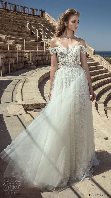 Best 25  Sparkle wedding dresses ideas on Pinterest   Ball