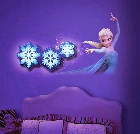 wallpaper salju biru tua 17 desain kamar anak bertemakan frozen yang lucu rumah