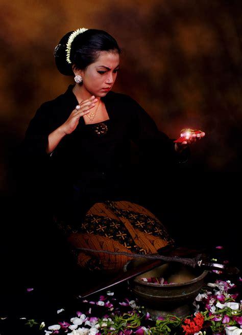 Anekdot Tentang Roh Dan Manusia Abadi apa itu spritual dewi asih