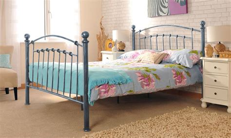 3ft X 4ft Frame by 3ft 4ft 4ft6 5ft Metal Bed Frame With Finials In A