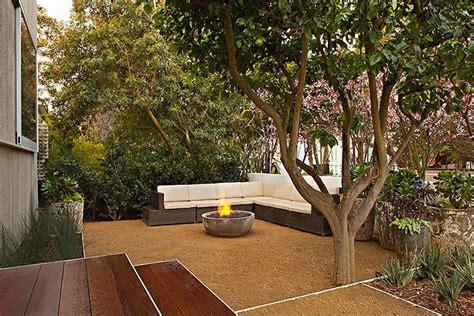 decomposed granite and corner seating patio