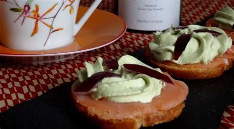 canapé au saumon fumé toasts au saumon fum 195 169 chantilly miel et matcha blogs de