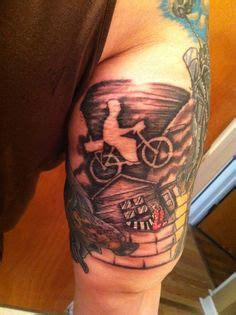 street road tattoos 1000 images about wizard of oz on