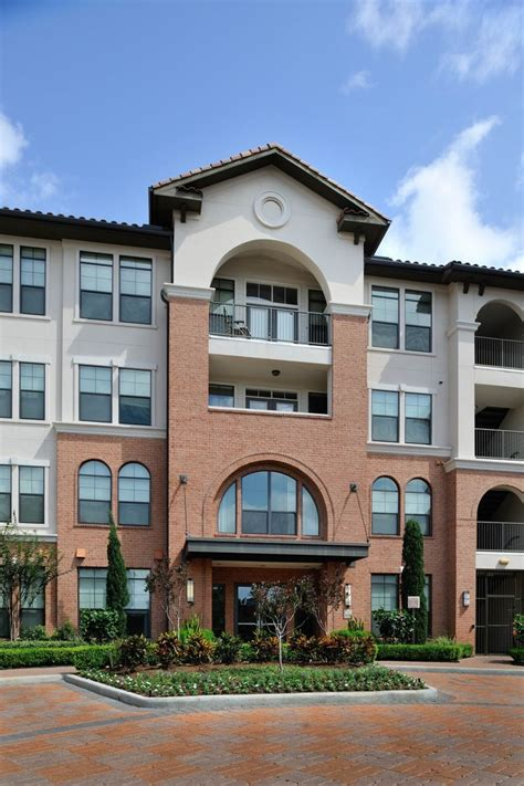 1 bedroom study apartments in houston braeswood place rentals houston tx apartments com