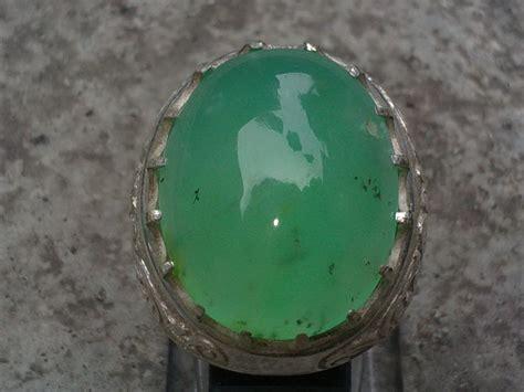 Batu Giok Korea Hijau Mempesona batu mulia kabanstone yahman hijau