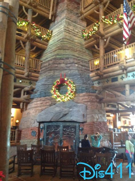 photos and video disney s wilderness lodge 2013 holiday