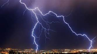 Lightning And Thunder Thunder And Lightning Facts Earth Nature Channel